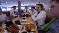 Русские в Америке #4 - американский завтрак ihop, едем на ультрамьюзик.