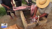 Так чистят рыбу в Панаме.