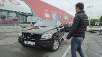 Среднеразмерные кроссоверы - Volvo XC 90 за 650 000 рублей.