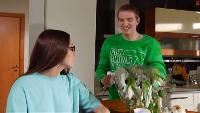 Даёшь молодёжь! Молодая семья Валера и Таня День рождения Тани
