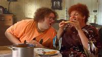 Одна за всех Роза Моисеевна и Сёма Борщ с пиццей